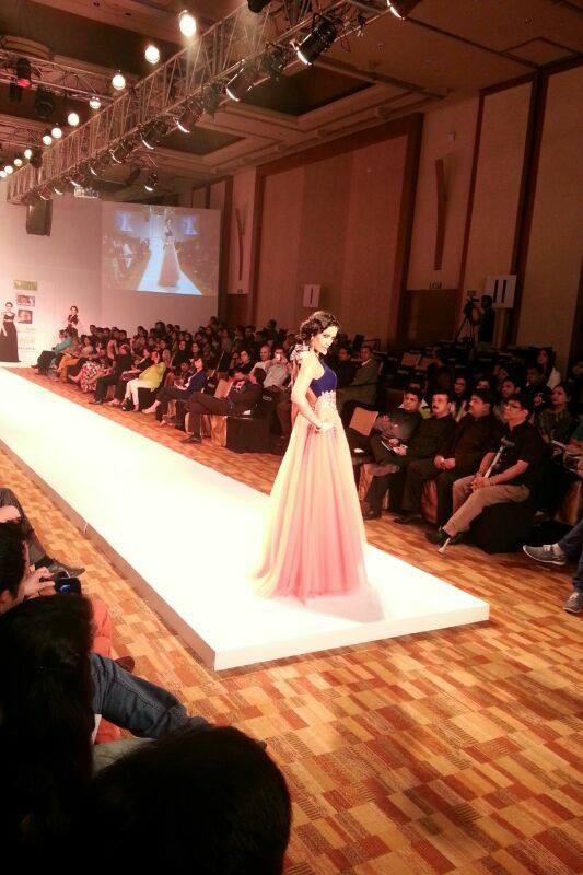 Stage Cmdr Specializes In Fashion Show Runway Rentals